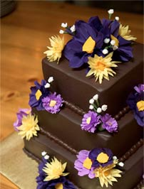 Extraordinary Cakes & Desserts